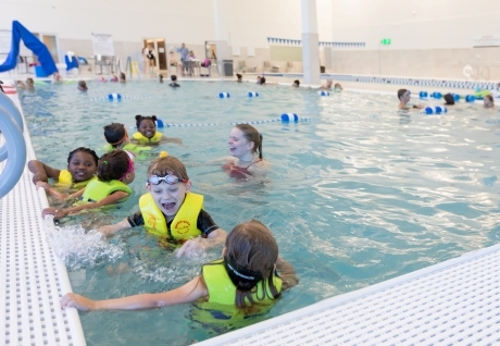 Childrens-Swim-Lesson-2