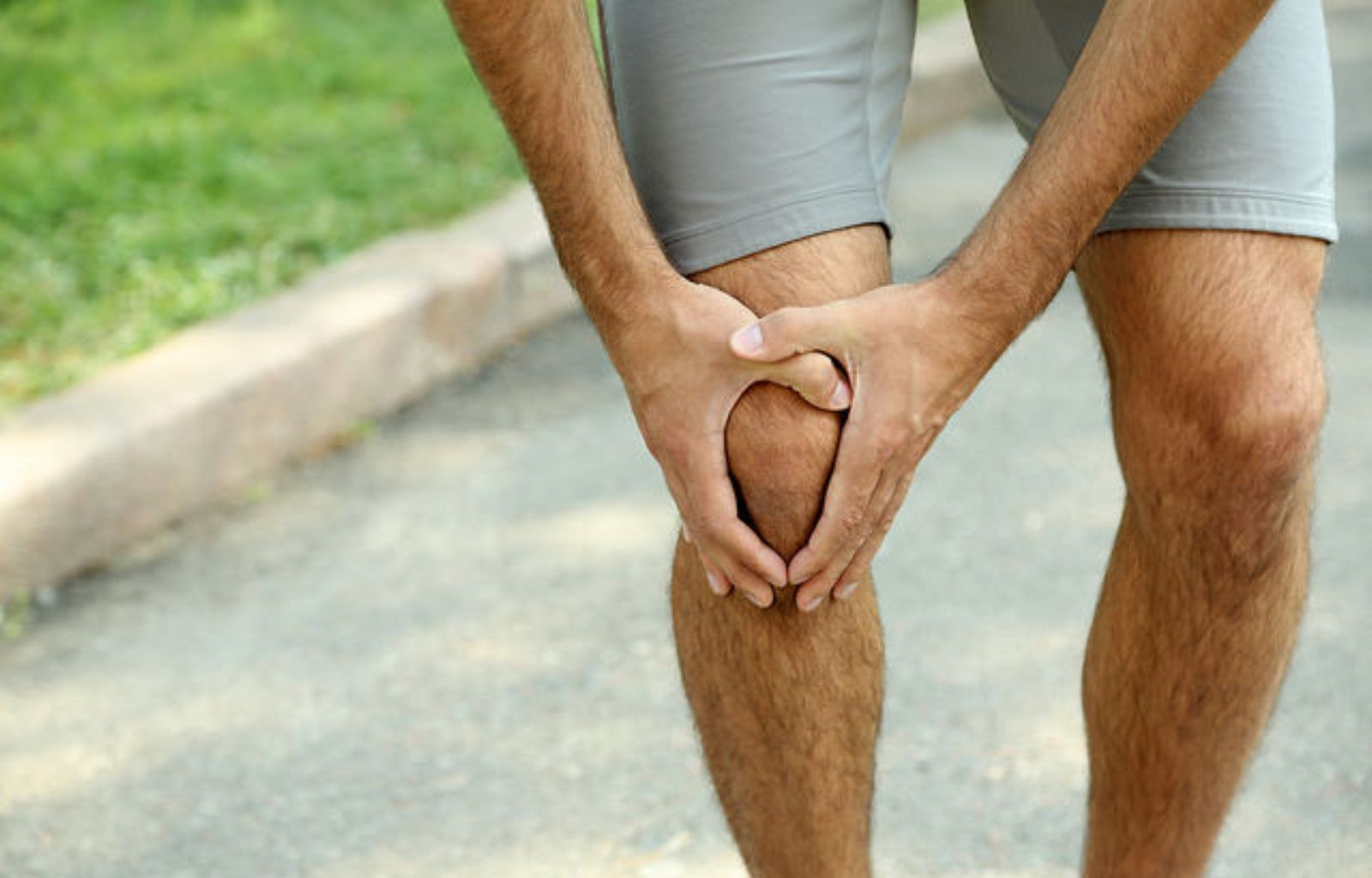 https://cdn2.hubspot.net/hubfs/2470171/blog/Knee%20Pain.jpg Feature Image